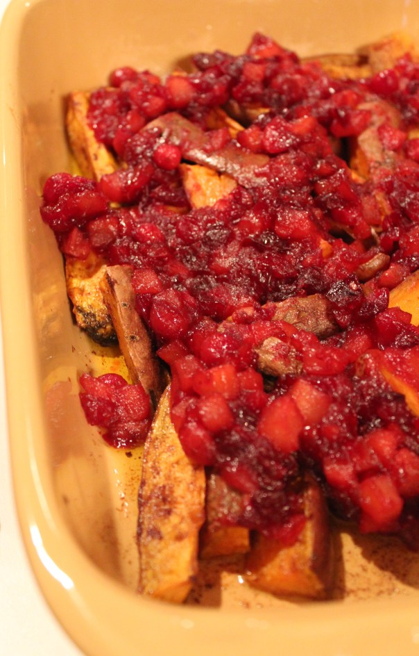 thanksgiving, chopped challenge, spicy cranberry yams, cranberry pear glaze, cranberry pear yams, cranberry pear sweet potatoes, cranberry pear sauce, recipes