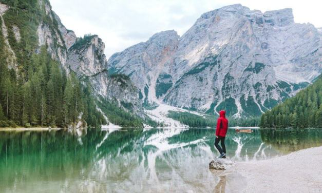 Travelling Alone While in a Relationship: Can You Do It?