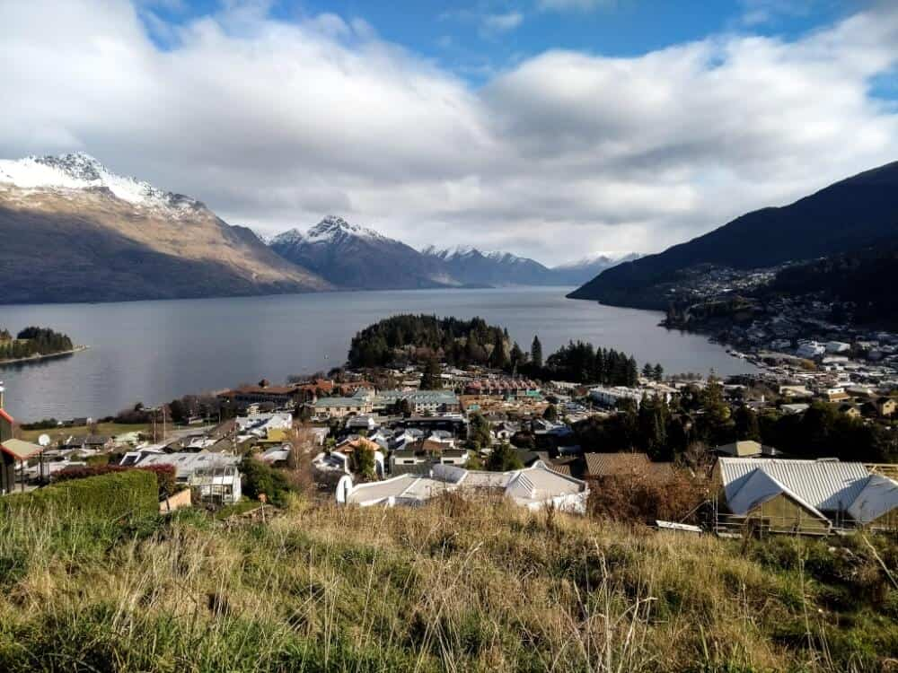 4 days in Queenstown itinerary lake views with the town centre below.