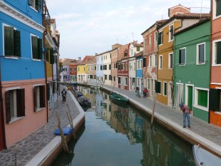 Loved the colors on this Island! - Burano, Italy