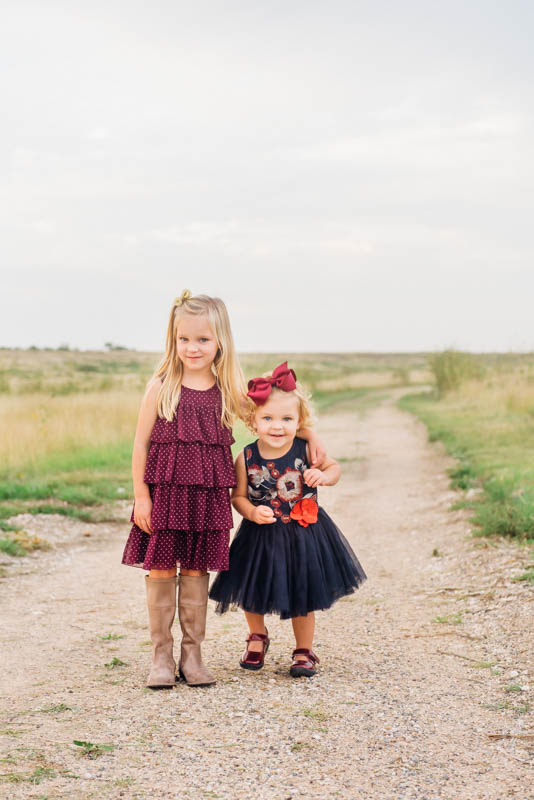 How to Style Your Family for Fall Family Photos