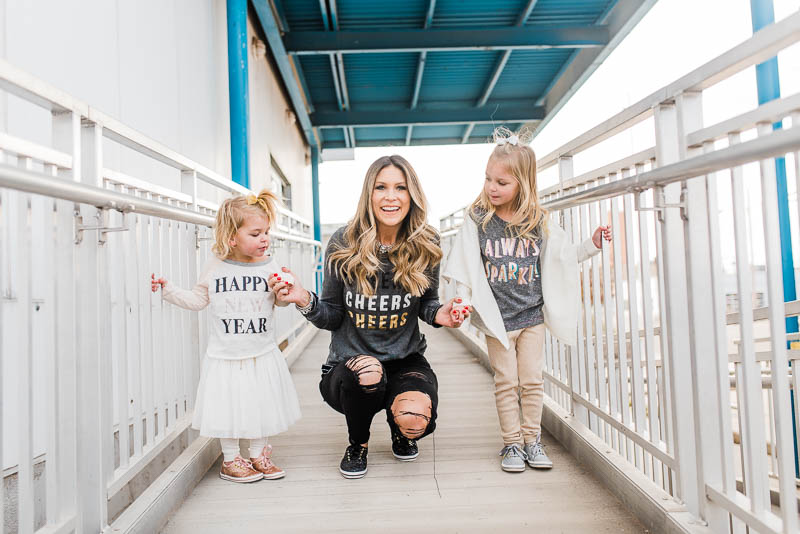 new years eve // new years day outfits for mom and kids // casual NYE outfits // sparkle new years outfits