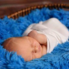 BL A newborn 0073