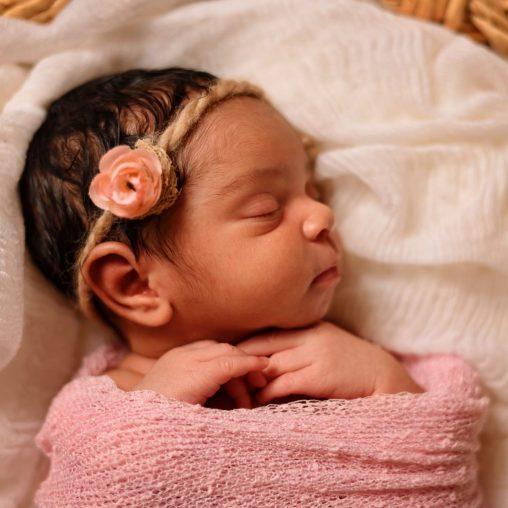 BL A newborn 9780