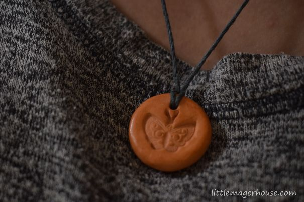 DIY Diffuser Necklace for Essential Oils