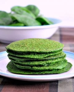 Green Pancakes for St Patrick's Day! Green and Healthy! littlemissblog.com