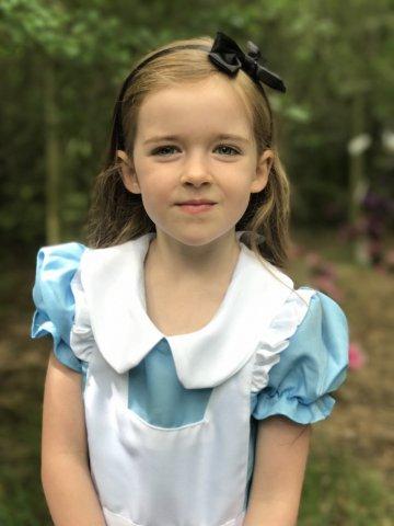 Morning in Wonderland Eden as Alice