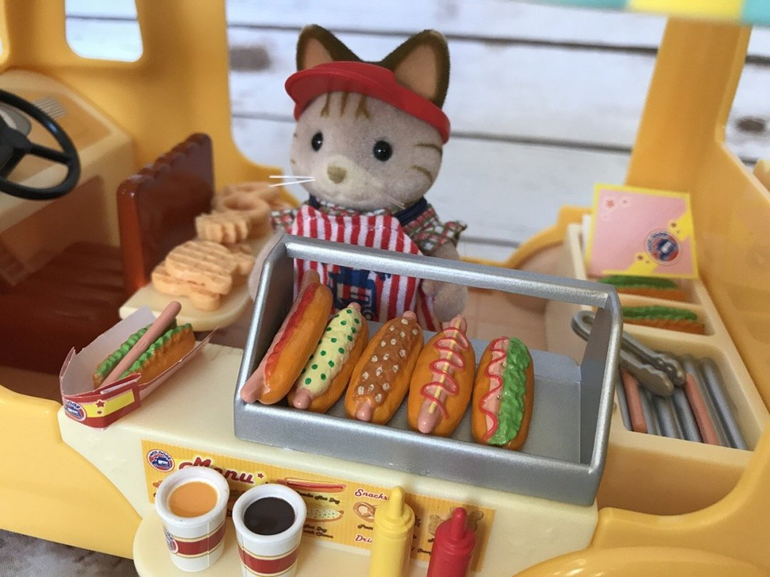 Sylvanian Families Hot Dog Van close up