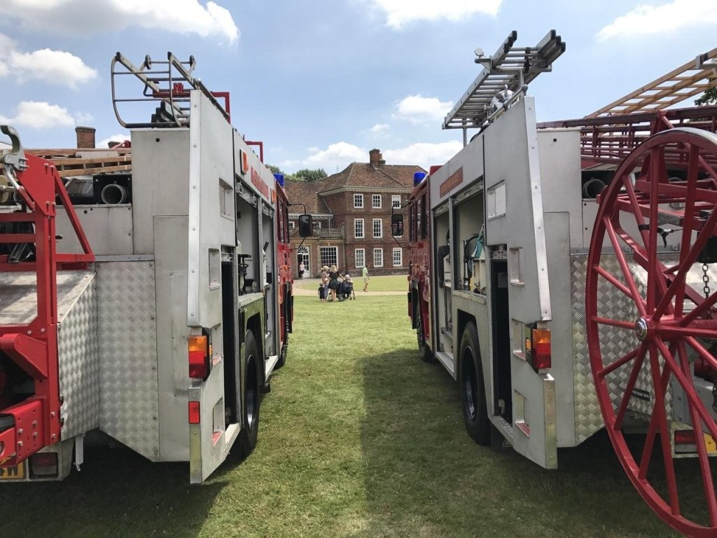 Lullingstone Castle fire engine rally