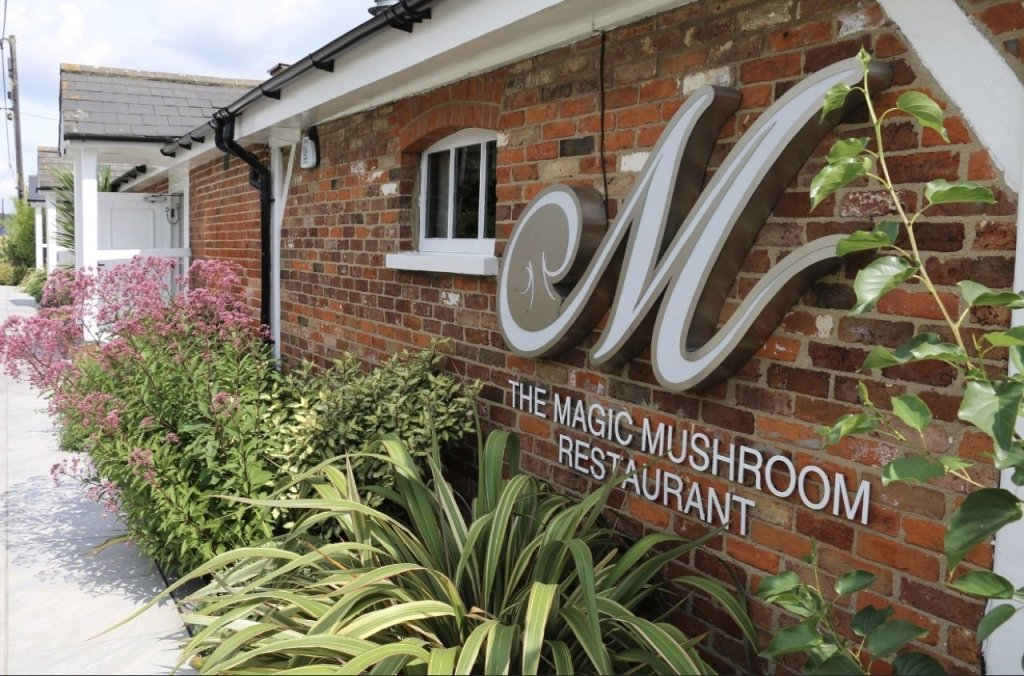 the magic mushroom restaurant billericay