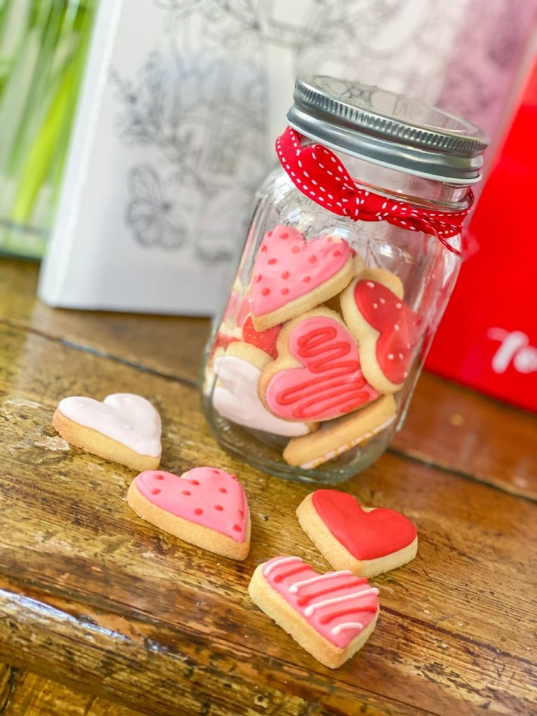 Valentines Day iced cookies