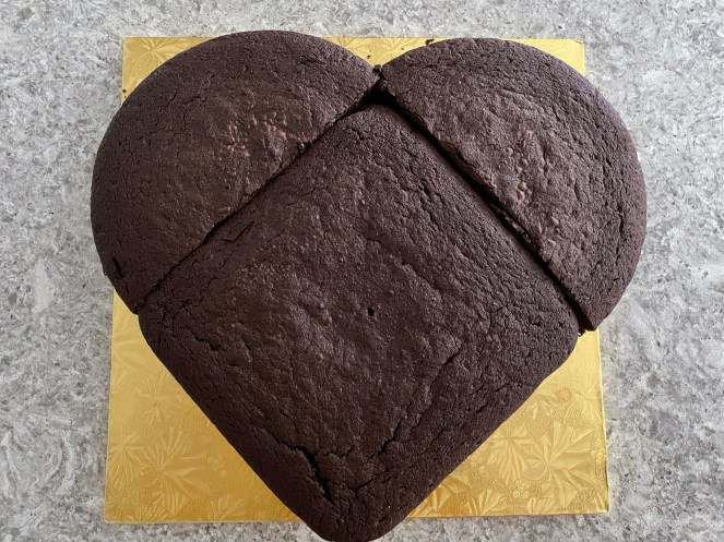 cakes assembled into the shape of a heart