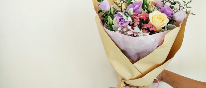 MAKE YOUR MOM SMILE WITH FLOWERS FOR MOTHER'S DAY FROM FLORAL GARAGE