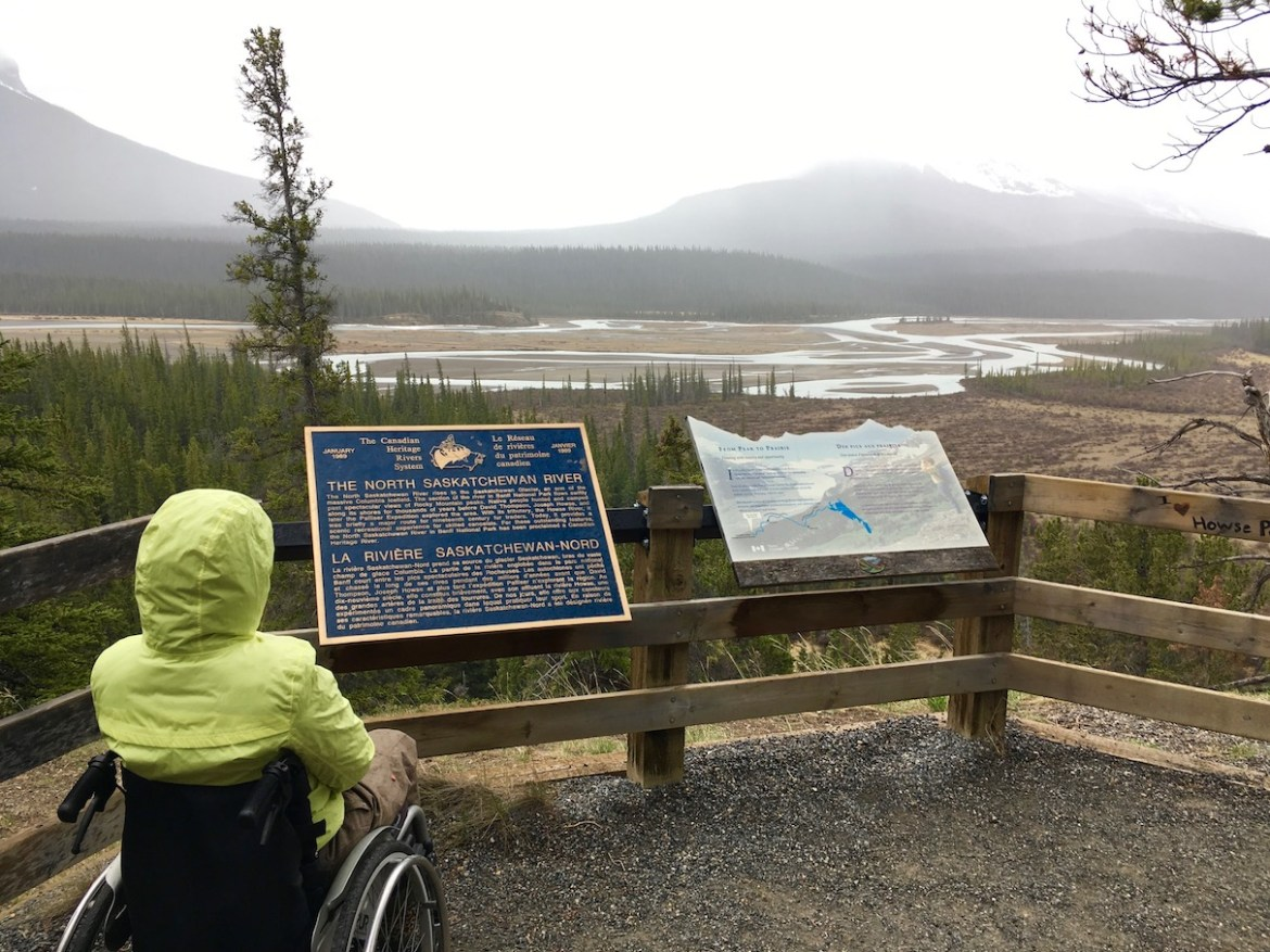 Accessible Saskatchewan River Crossing viewpoint ©