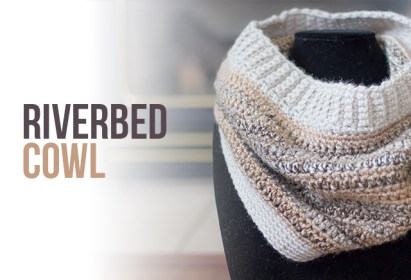 Riverbed Cowl Crochet Pattern  |  Free crochet cowl scarf pattern by Little Monkeys Crochet
