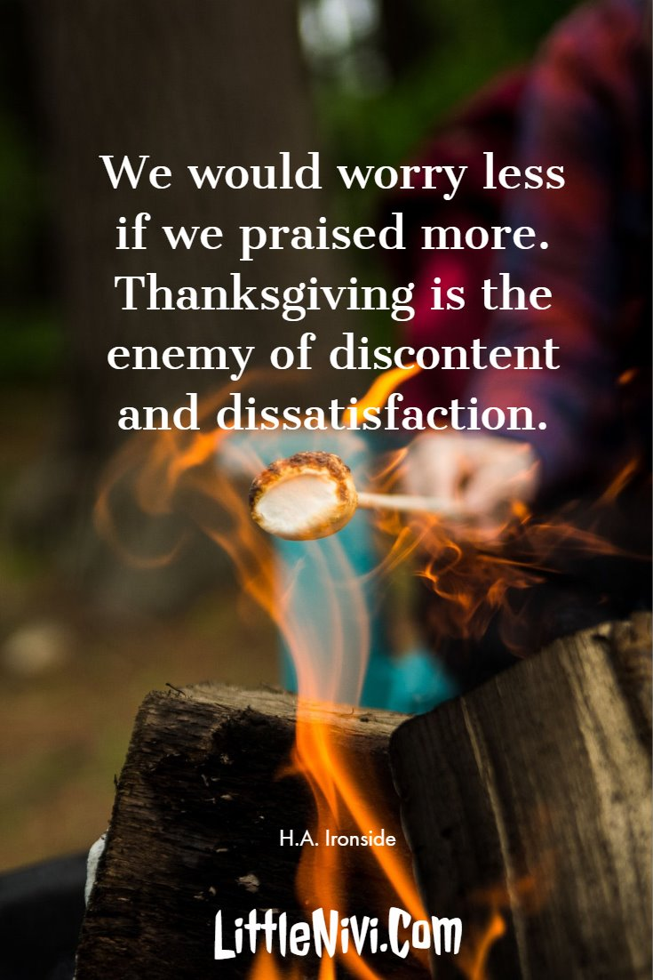 27 Inspiring Thanksgiving Quotes with Happy Images 23