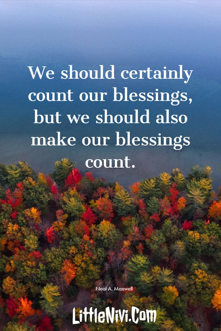 27 Inspiring Thanksgiving Quotes with Happy Images 27