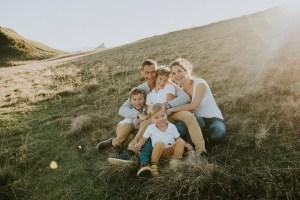 photographe chambery grenoble seance photo famille a la maison little one atelier eugenie hennebicq photographe bebe_0008