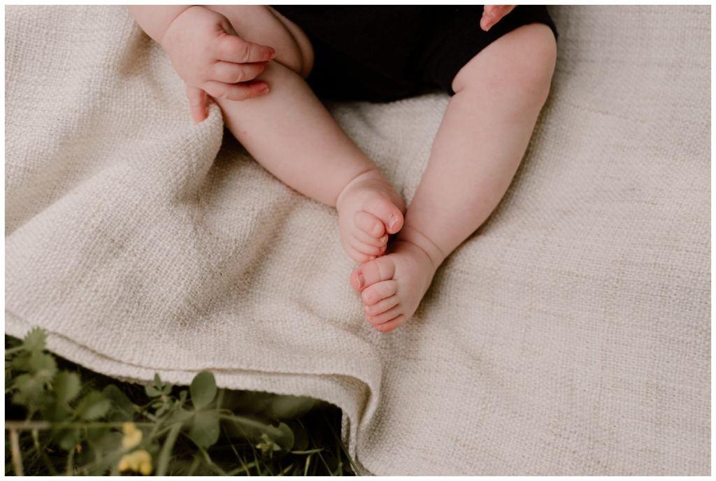 photographe bebe 6 mois grenoble chambery chartreuse exterieur naturel boheme photo enfant eugenie hennebicq_0013