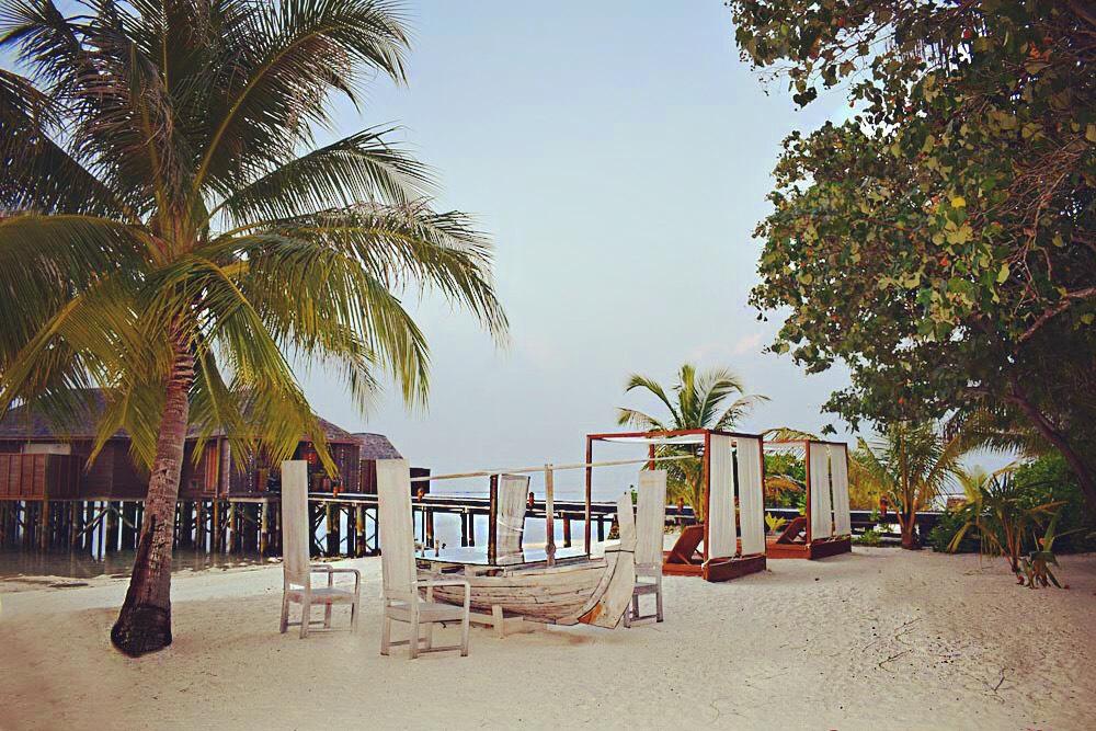 TWO DAYS TRIP TO MALDIVES