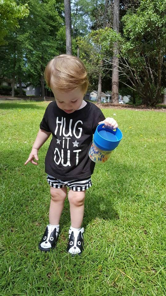 wee squeak-hug it out-munchie mug-toddler snacks-