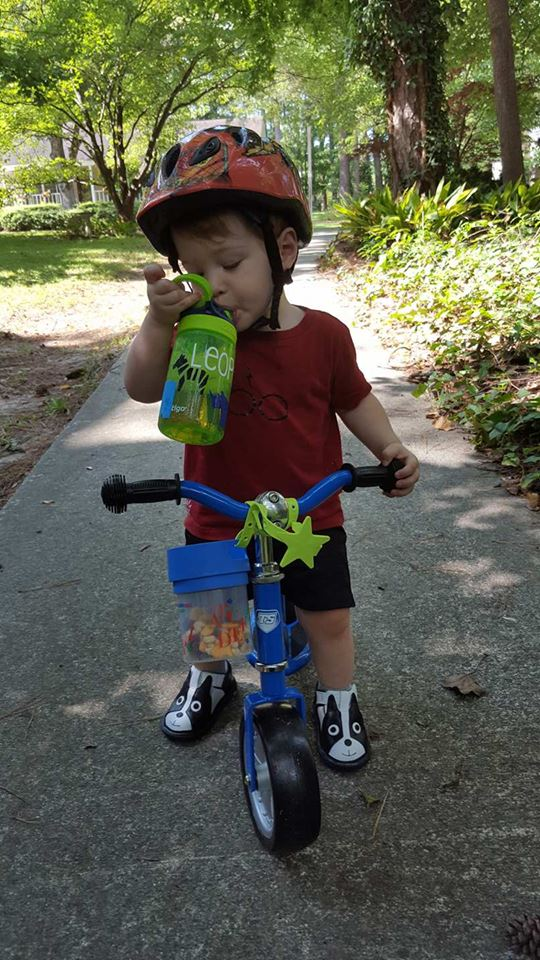toddler-strider-bike-tootscoot-snacks