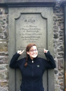 tom riddle grave-edinburgh-harry potter tours-scotland
