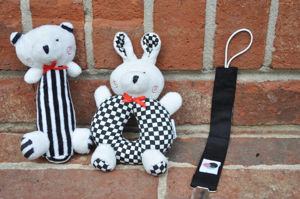 baby rattles-high contrast colors-paci clip