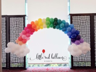 rainbow-balloon-arch-decoration
