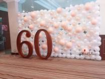 60th-birthday-balloon-backdrop