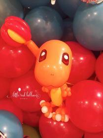 charmander-balloon-sculpture