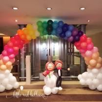 wedding-couples-rainbow-balloon-arch