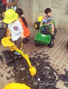 construction-toy-excavators