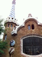 Made our way to Park Güell. If you're staying near La Ramblas, I'd recommend taking a bus or taxi to the park.