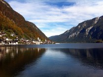 The most beautiful lake I have ever seen. (Hallstatt, Austria)