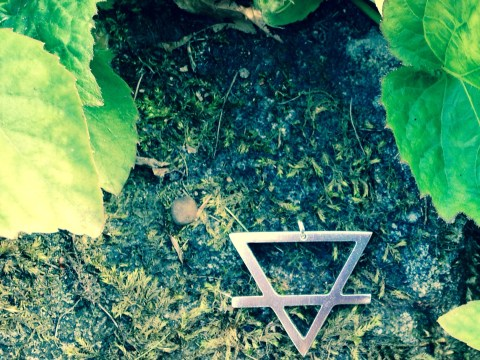 Earth element pendant