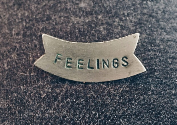 FEELINGS_PIN_1024x1024