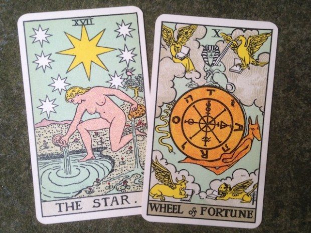 tarot-and-astrology-2-640x480