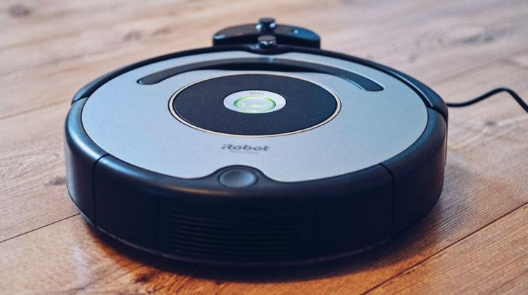 Reasons you need a robot vacuum in your life