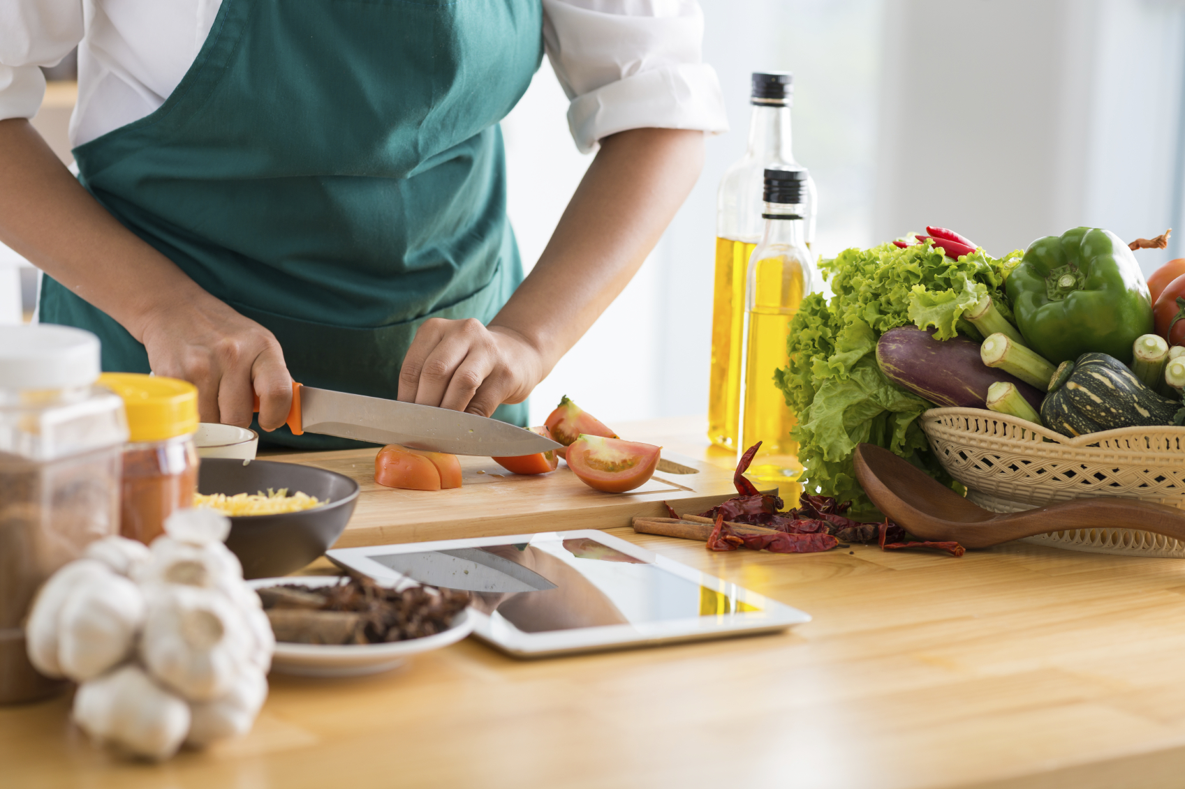 5 Cooking Tricks That Add Bold Flavour To Healthy Foods