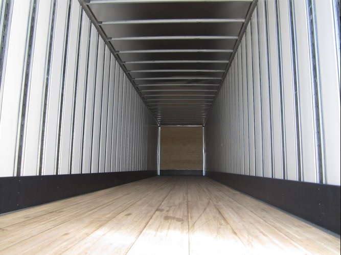 US Trailer Rental Sales Lease and Storage Buys Rents and Repairs All Commercial Trailers Reefers Flatbeds and Dry Vans image_20171206_043846_15