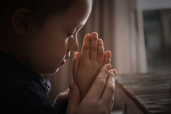 child and parent praying, prayers to help with anxiety