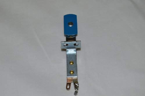 Target Switch Blue Oblong Front mt A-18530-1