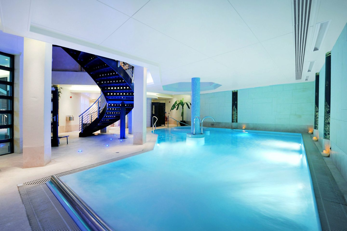 Hydrotherapy suite (9).JPG