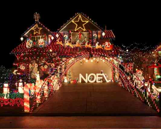 Indoor Christmas Activities for Families - Look at Christmas Lights