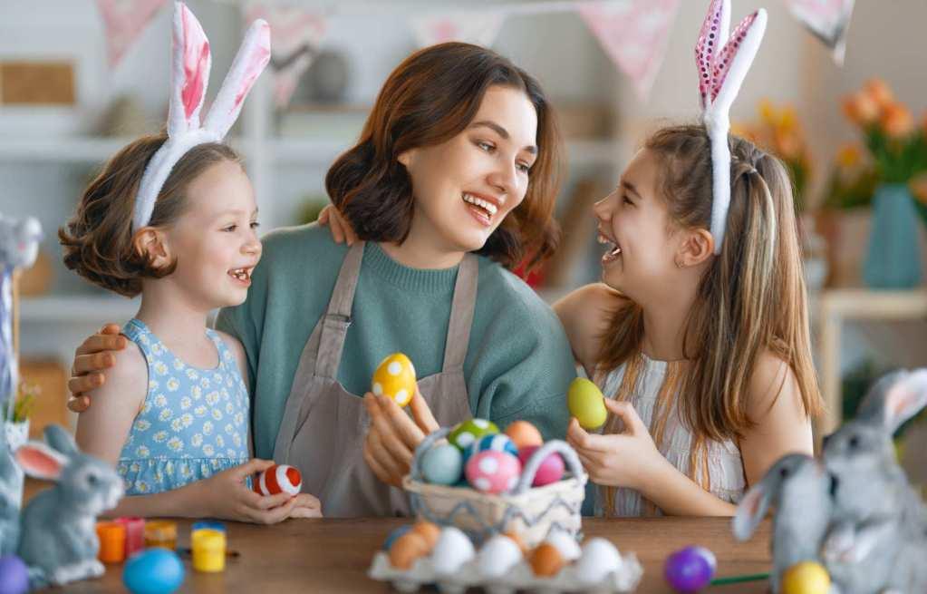 port de albufeira au portugal. Vue sur les bateaux de pêcheurs