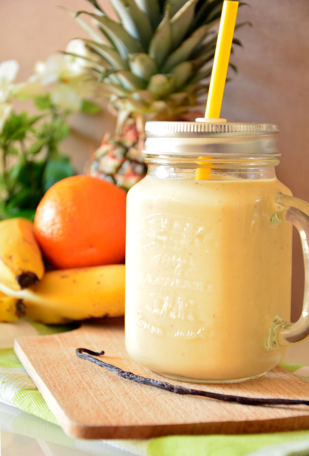 recette du smoothie tropical à l'ananas, la banane, la mangue et orange