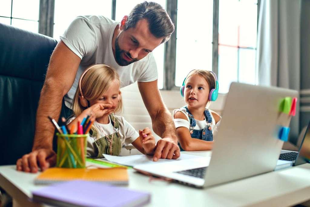 vacances à lege cap ferret en famille bateau sur l'eau