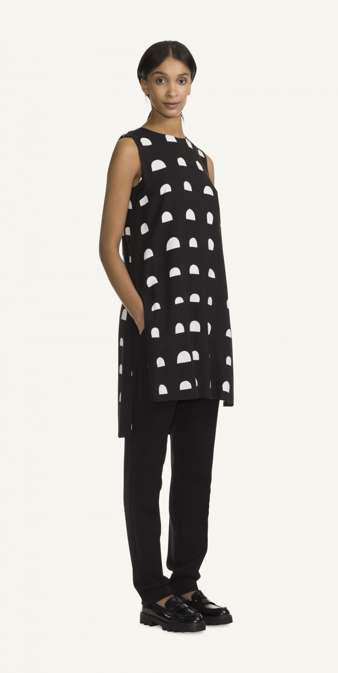 https://marimekko.com/eu_en/clothing/tops