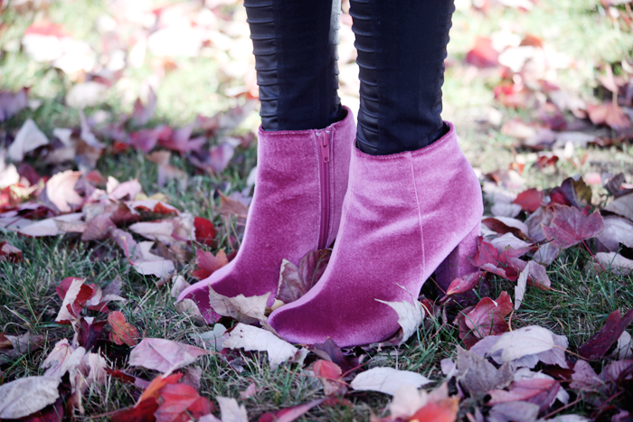 Mauve velvet booties for Fall styled by fashion, lifestyle, and beauty blogger Little Tree Vintage.